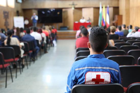 Estudiantes del Liceo son reconocidos como brigadistas de la Cruz RojaIUSH