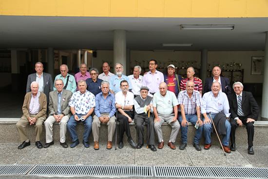 50 años después, se reúnen egresados del Liceo.IUSH