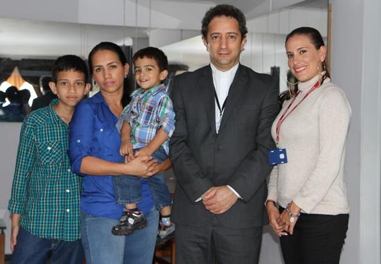Continúan las visitas a estudiantes del LiceoIUSH