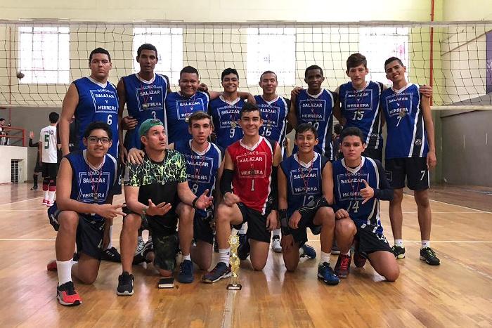 Equipo de Voleibol fue campeón en torneo Nacional de Clubes de ManizalesIUSH