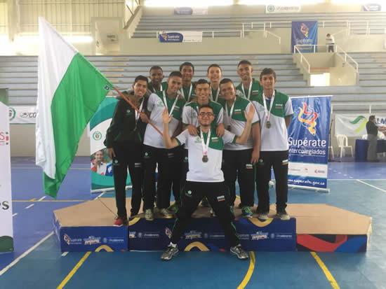 Equipo de voleibol del Liceo campeón nacionalIUSH