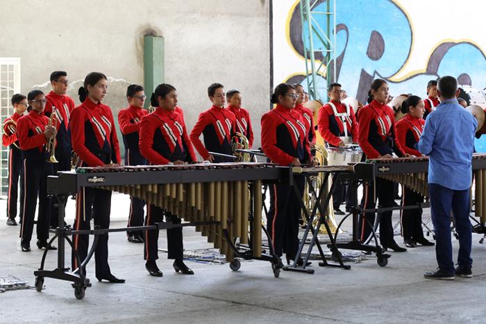 El Liceo Salazar y Herrera participa en eventos de comunidad IUSH